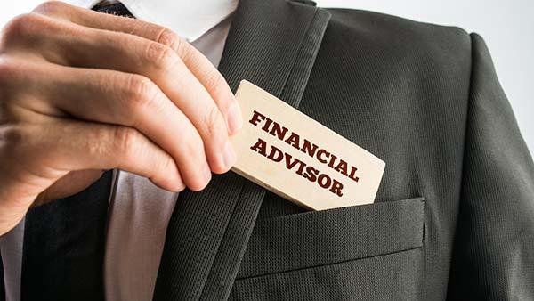 conseiller-financier-expert-role