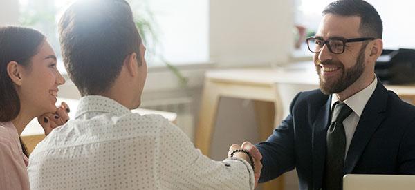 Quatre bons avantages à se servir des aptitudes de placements des conseillers financiers