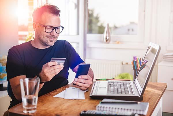 carte-credit-rembourser-vs-investir-meilleur-choix