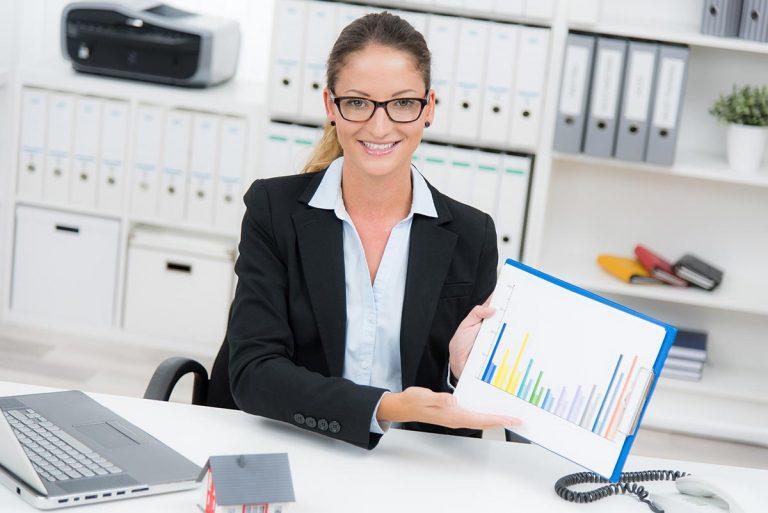 Comment devenir conseiller financier et quel salaire aura t'il ?
